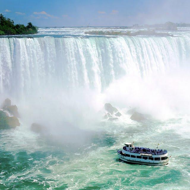 Mist Boat Ride, Niagra Falls